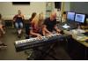 EW-Schüler/innen begeistern mit großartigen Studioaufnahmen ihrer Friedenslieder